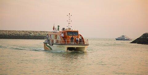 خط دریایی قشم- لارک
