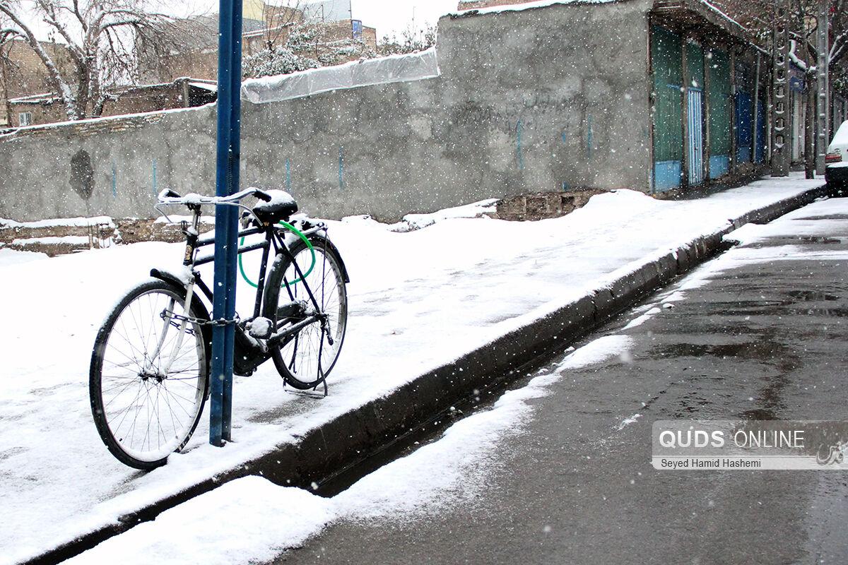 برف پاییزی، مشهد را سفیدپوش کرد