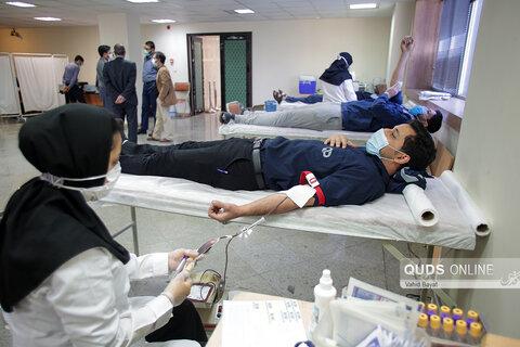 اهدا خون به نیت شهدا