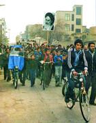 با انقلاب اسلامی  رسانه های سنتی ومدرن همگرا شدند