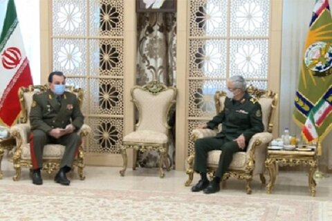دیدار وزیر دفاع تاجیکستان با سرلشکر باقری