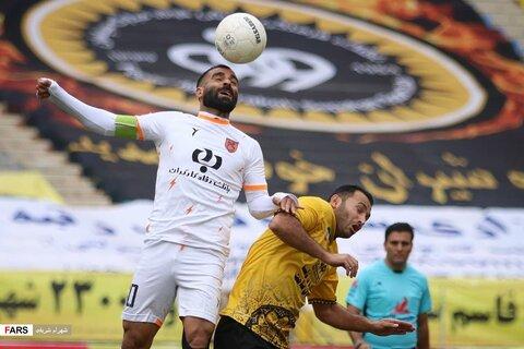 فوتبال مس کرمان و سپاهان