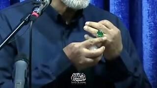 نگین انگشتر من از شیشههای حرم حضرت امام رضاست