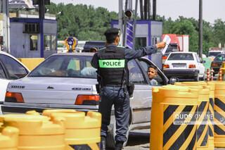 تردد خودرو های غیر مجاز در پلیس راه مشهد