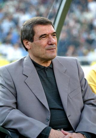 همایون شاهرخی