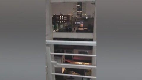 لحظه انفجار شديد در یک ساختمان / فیلم